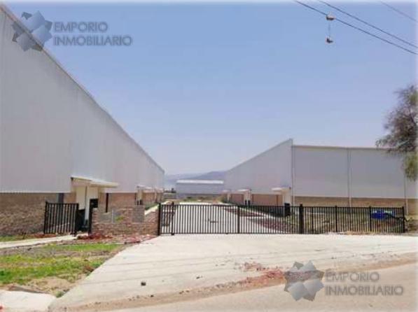 Foto Bodega Industrial en Renta en  Rancho los Ocampo,  Tlajomulco de Zúñiga  Bodega Industrial Renta Carr. Tlajomulco - San Miguel Cuyutlán $101,760 B390 E1