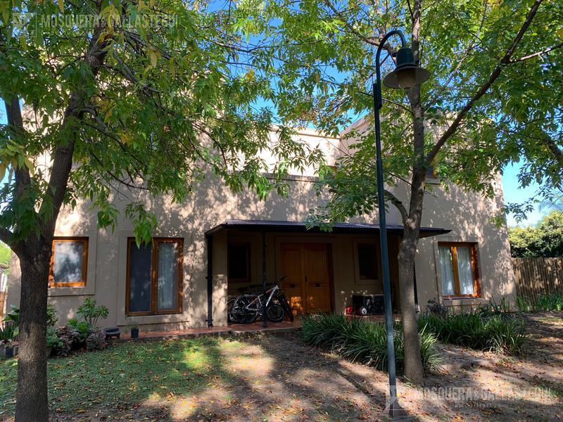 Foto Casa en Alquiler en  Talar Del Lago I,  Countries/B. Cerrado (General Pacheco)  Talar Del Lago I