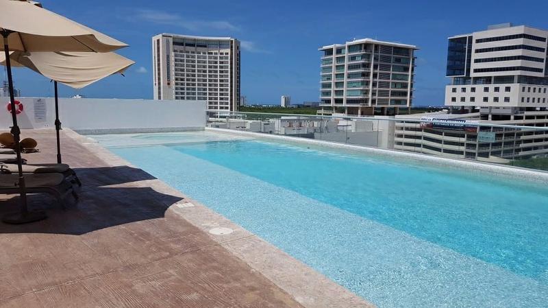 Foto Departamento en Renta en  Cancún Centro,  Cancún  Departamentos en Renta 3 recámaras sin muebles en Malecón