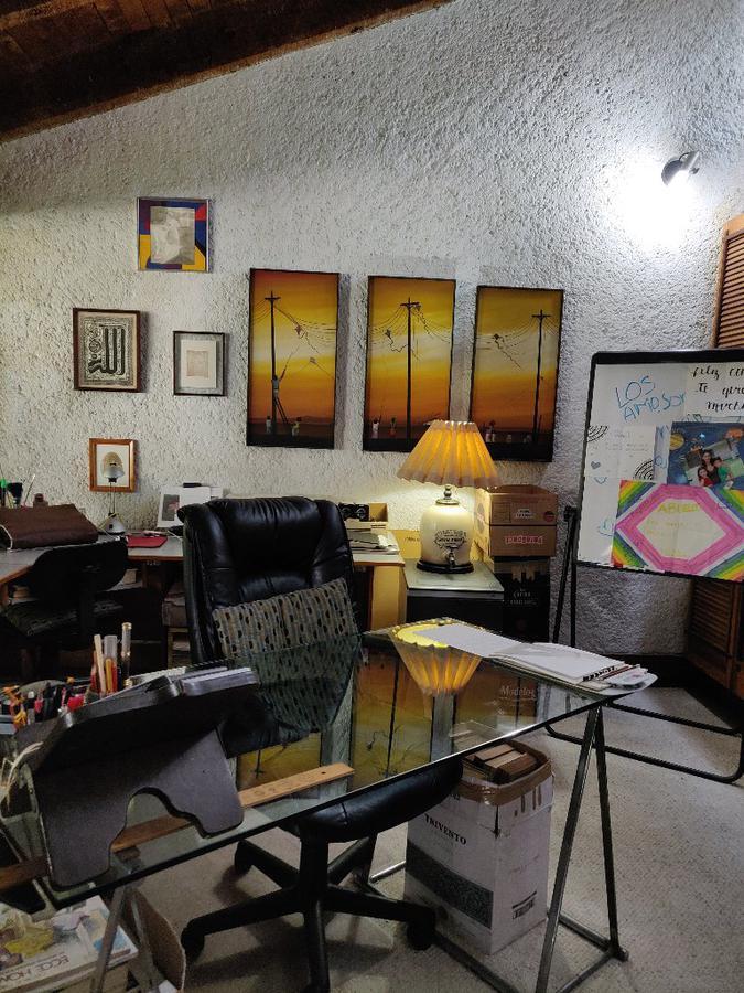 Foto Casa en Venta en  Bosque de las Lomas,  Miguel Hidalgo  Bosque de las Lomas, Bosque de Arces casa para remodelar en venta (JS)