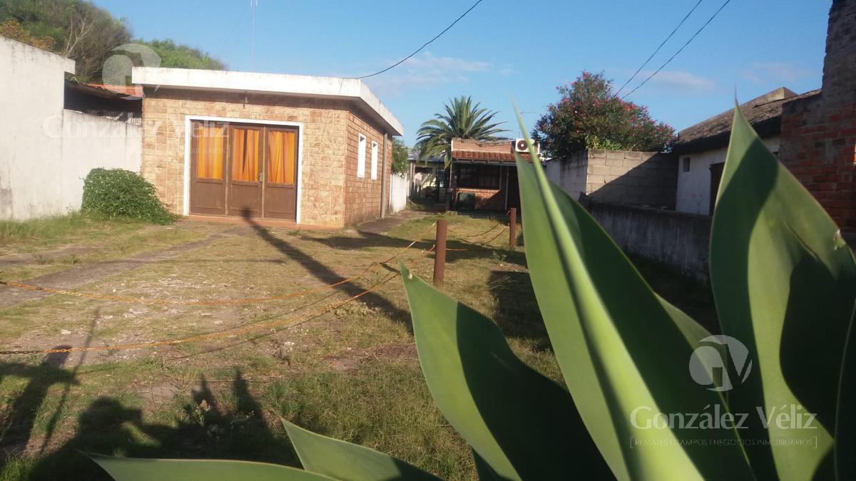 Foto Casa en Venta en  Piriápolis ,  Maldonado  Celedonio Rojas & Hector Barrios