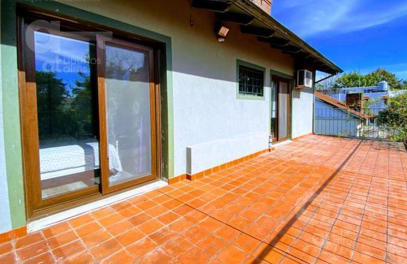 Foto Casa en Venta en  Castelar,  Moron  Pedro Goyena al 2400