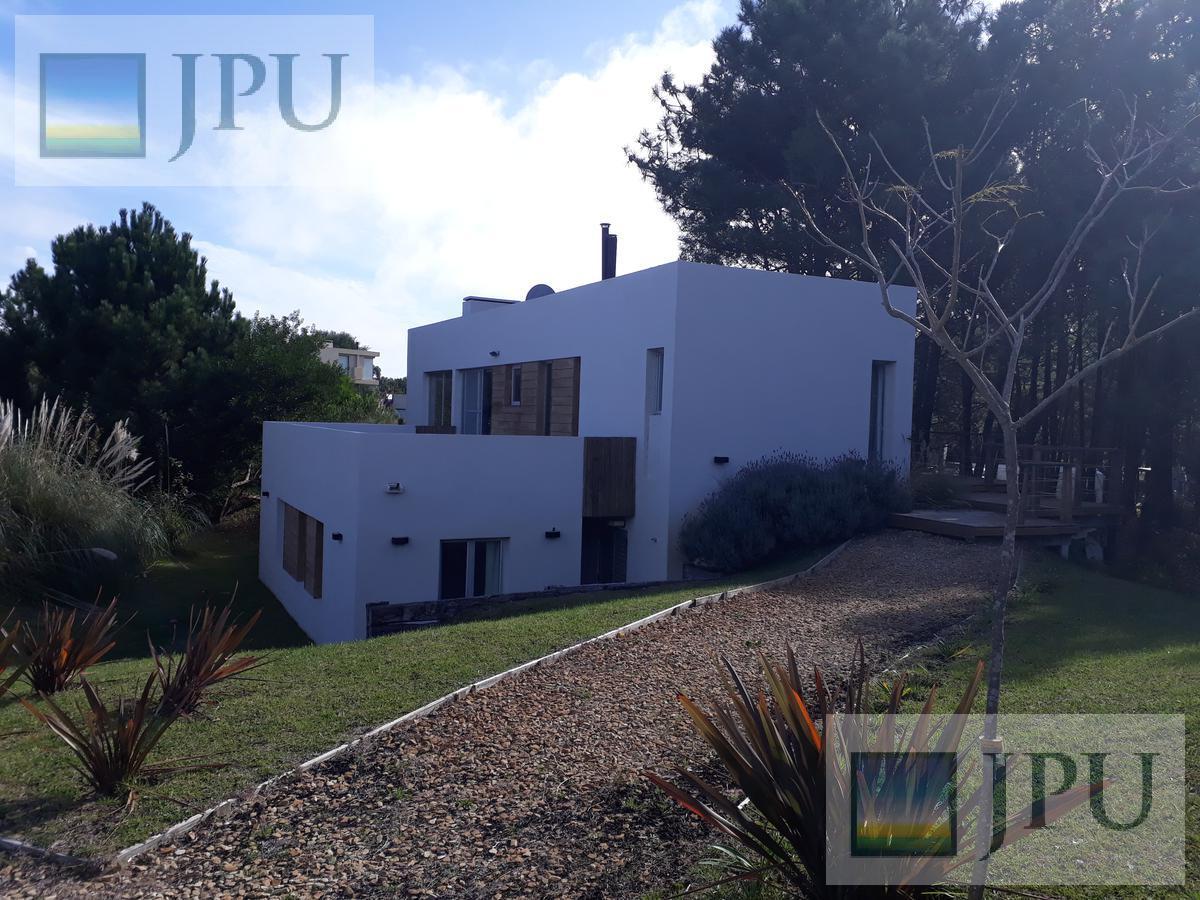 Foto Casa en Alquiler temporario en  Costa Esmeralda,  Punta Medanos  Deportiva 296