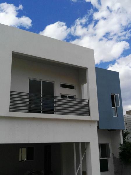Foto Casa en Venta en  Fraccionamiento Lomas Universidad,  Chihuahua  Casa Venta Fracc. Lomas Universidad $3,500,000 Cosagu ECA1