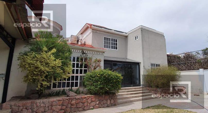 Foto Casa en Renta en  Quintas del Sol,  Chihuahua  CASA EN RENTA DE UNA PLANTA EN PRIVADO EN QUINTAS DEL SOL COMPLETAMENTE AMUEBLADA
