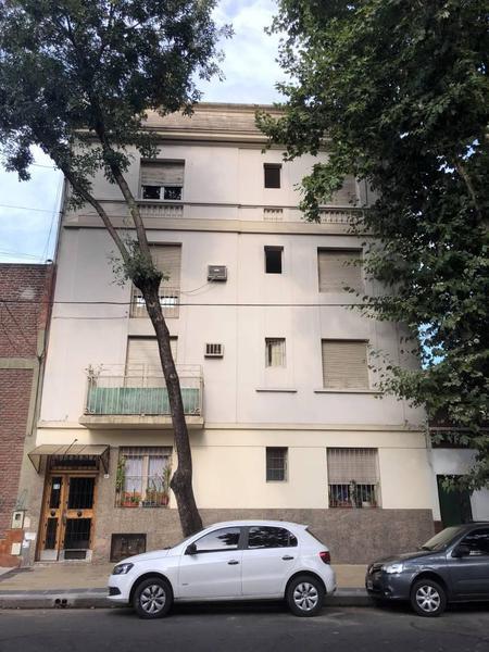 Foto Departamento en Venta en  Parque Patricios ,  Capital Federal  Agaces al 100