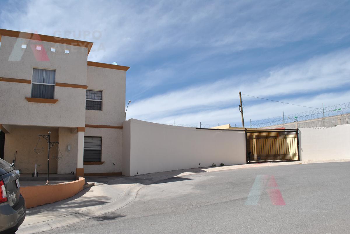 Foto Casa en Venta en  Chihuahua ,  Chihuahua  Fraccionamiento Carlota