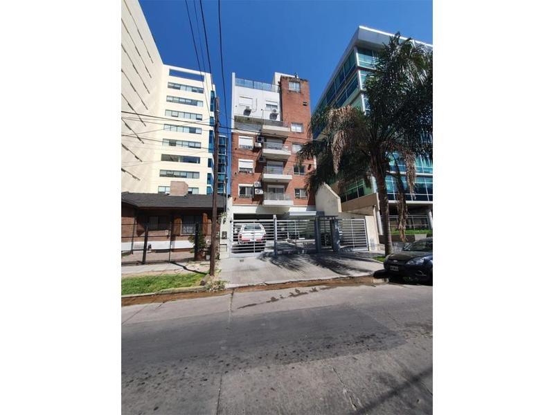 Foto Departamento en Venta en  V.Lopez-Vias/Rio,  Barrio Vicente López  juan carlos cruz 1800
