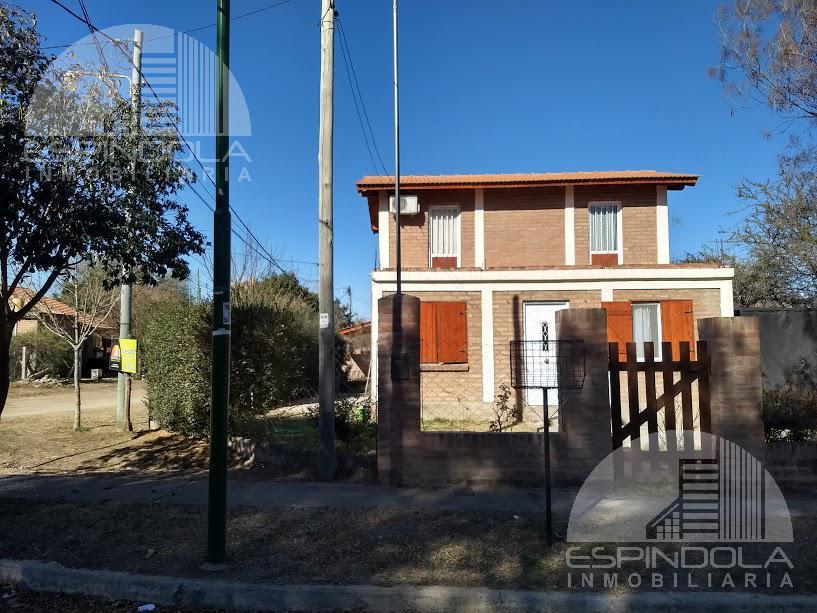 Foto Casa en Venta en  Pequeño País,  Merlo  Carlos Dryon