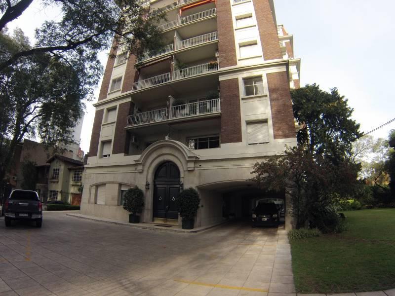 Foto Departamento en Venta en  La Lucila,  Vicente Lopez  Av libertador  3700