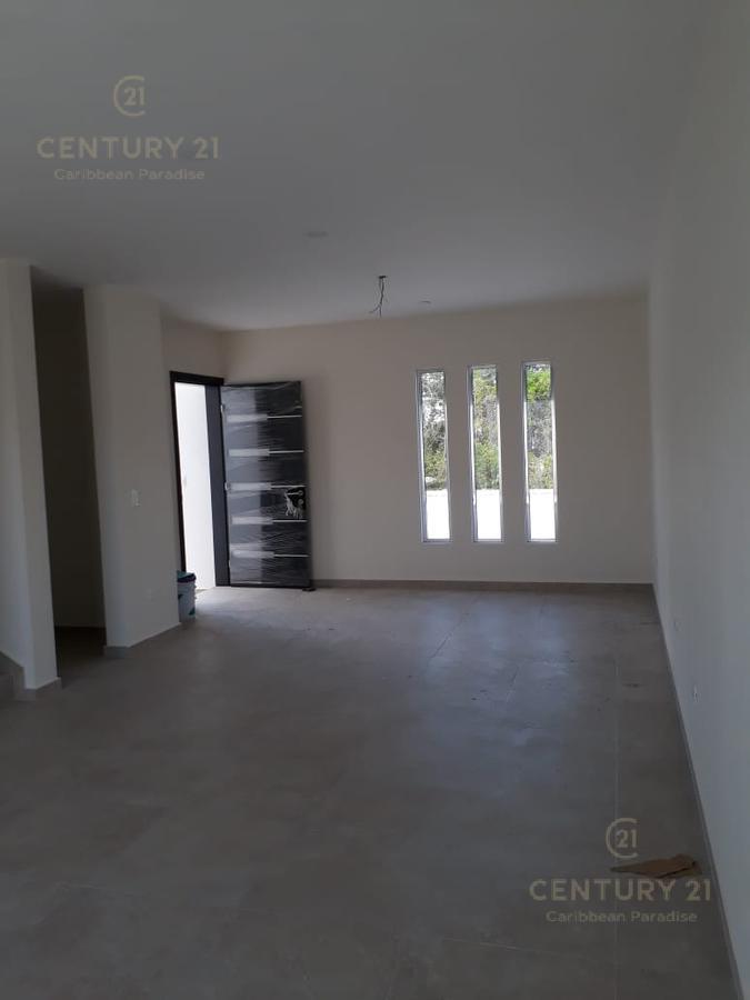 Playa del Carmen House for Sale scene image 5
