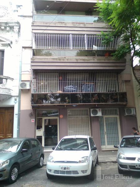 Foto Departamento en Alquiler en  Martin,  Rosario  San Juan al 400