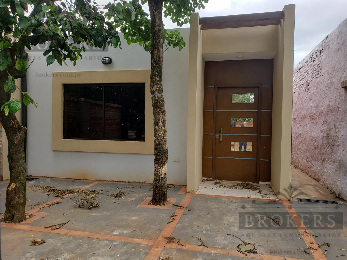 Foto Casa en Venta en  Luque ,  Central  Vendo Duplex A Estrenar En Alto Pinar, Laurelty, Luque