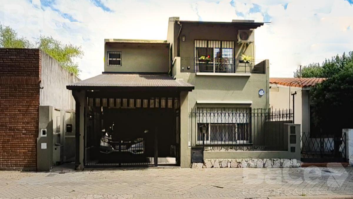 Foto Casa en Venta en  Saladillo,  Rosario  Lamadrid al 300
