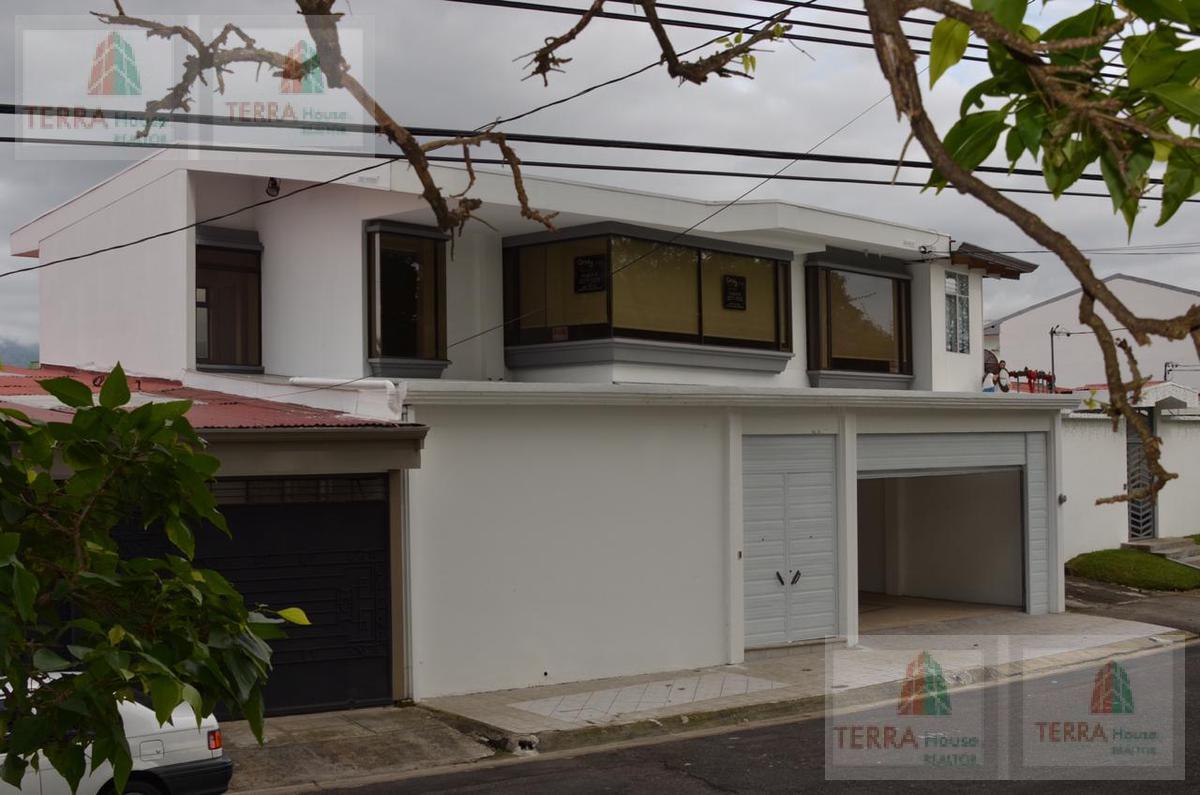 Foto Casa en Venta |  en  Sanchez,  Curridabat  FRESES DE CURRIDABAT