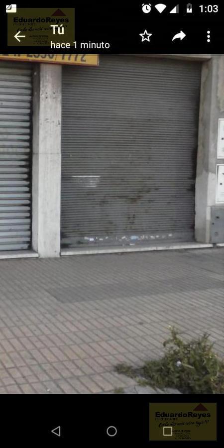 Foto Local en Alquiler en  Lanús Este,  Lanús  AV. EVA Peron 2659