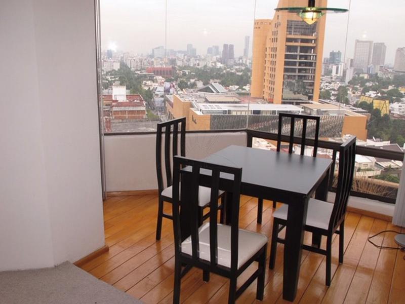 Foto Departamento en Renta en  Polanco,  Miguel Hidalgo  Departamento  a la renta C/S MUEBLES  en Homero, col. Polanco (GR)