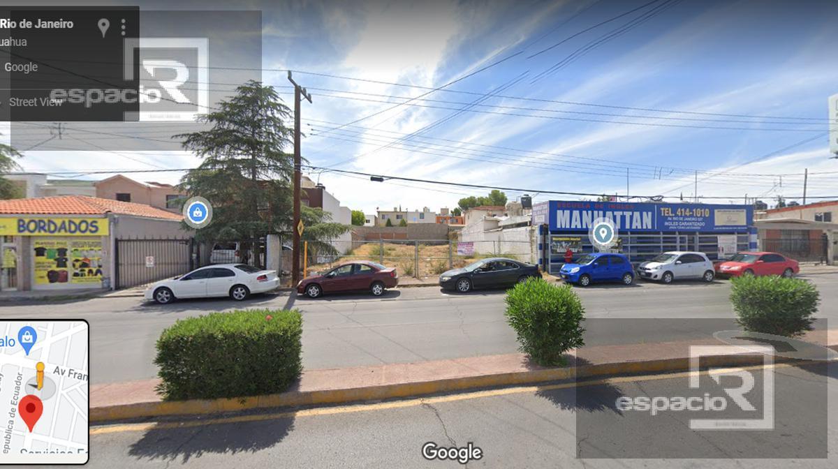 Foto Terreno en Venta en  Panamericana,  Chihuahua  TERRENO EN VENTA SOBRE CALLE RIO DE JANEIRO EXCELENTE ZONA COMERCIAL