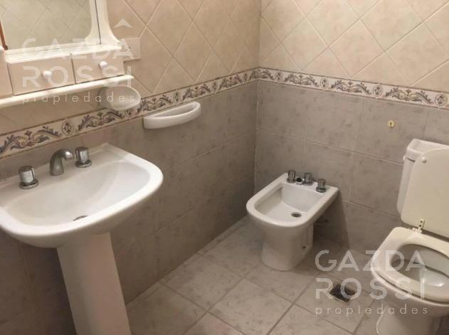Foto Casa en Venta en  Campos De Echeverria,  Countries/B.Cerrado  Impecable alquiler c/ pileta en Campos de Echeverria