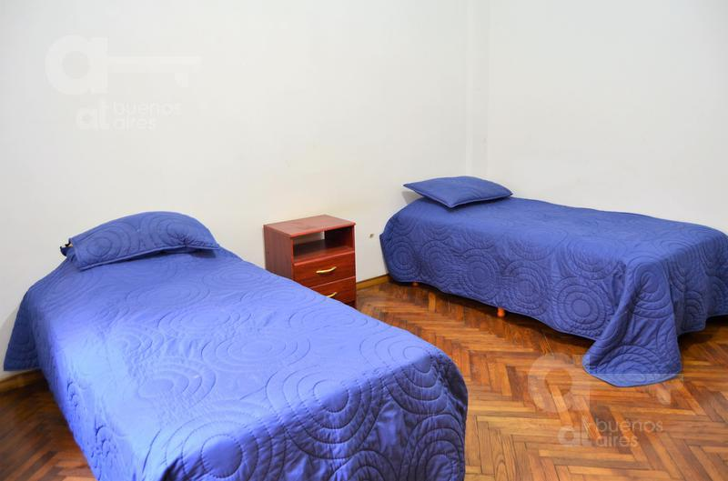 Foto Departamento en Alquiler temporario en  San Telmo ,  Capital Federal  Bolívar al 200, esquina Alsina.
