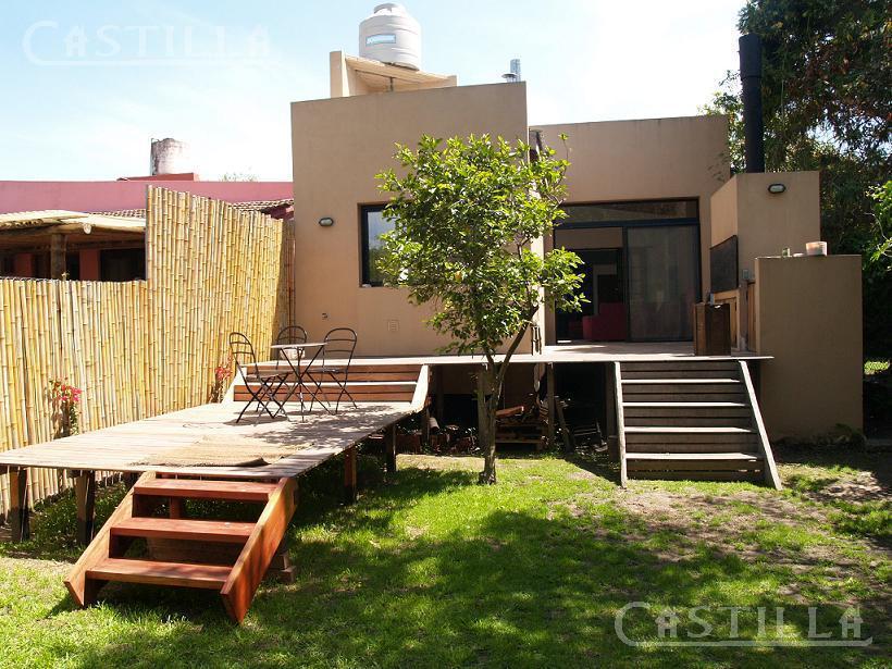Foto Casa en Alquiler en  Tigre Residencial,  Tigre  Vito Dumas al 100