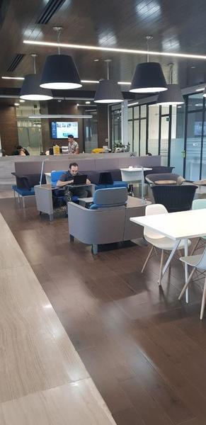 Foto Oficina en Venta en  Centro Sur,  Querétaro  Oficina Renta IOS Office Centro Sur 14 personas $52,773 Hugrod EQG1