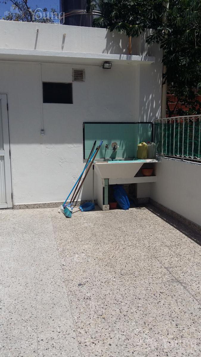 Foto Local en Venta en  Wilde,  Avellaneda  ONSARI al 900