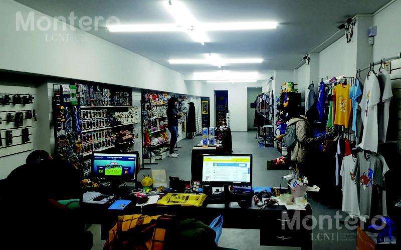 Foto Local en Venta en  Recoleta ,  Capital Federal  Paraguay 2041