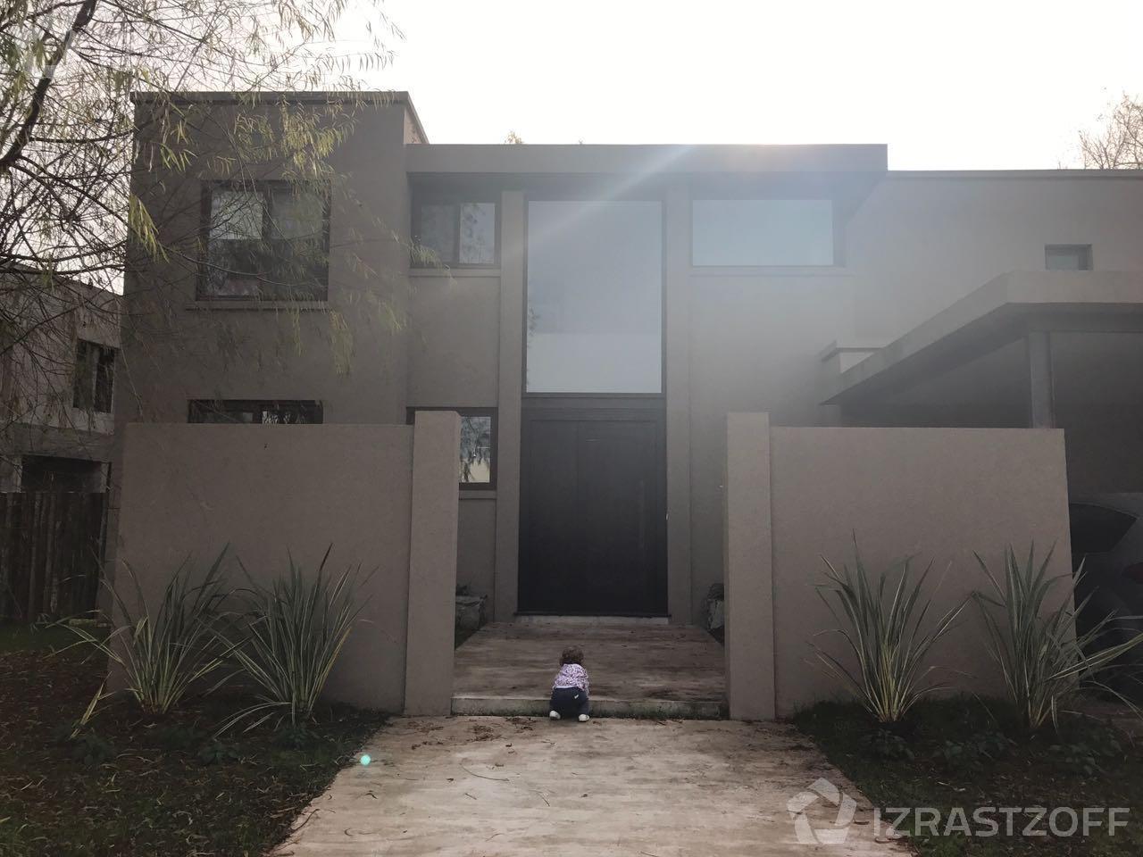 Casa--Barbarita-barbarita al 200
