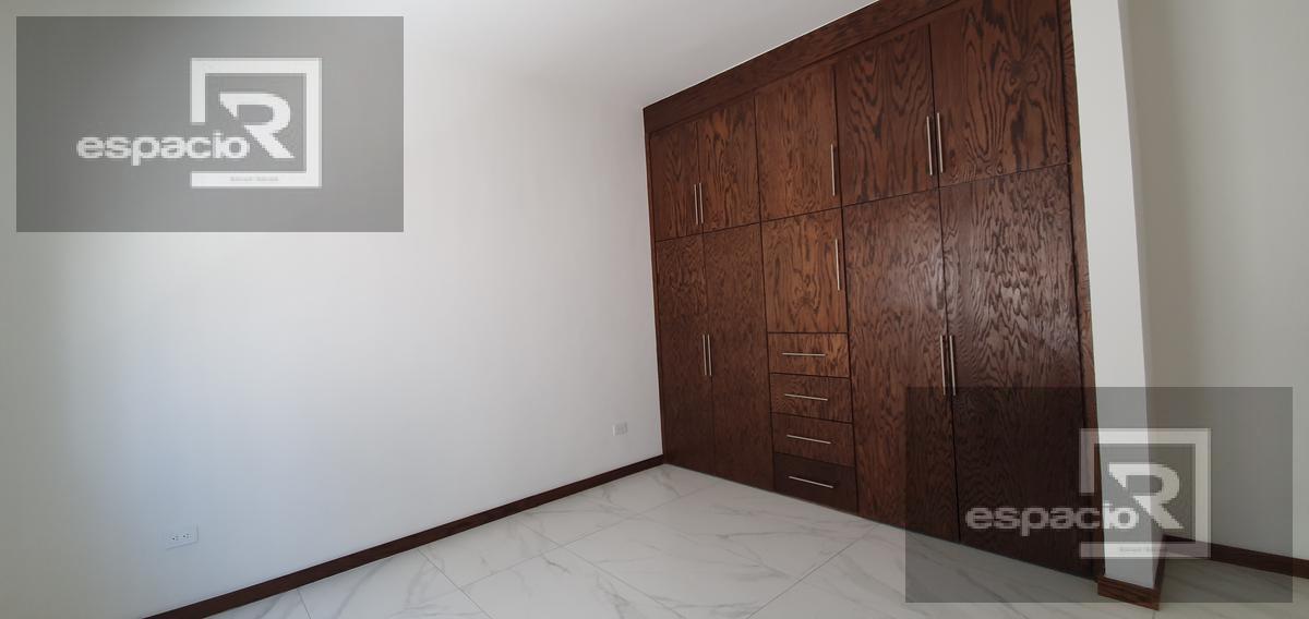 Foto Casa en Venta en  Fraccionamiento Pedregal de San Ángel,  Chihuahua  CASA EN VENTA EN PEDREGALES CON RECÁMARA EN PLANTA BAJA