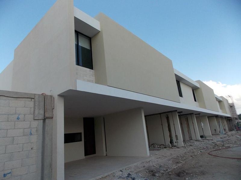 Foto Casa en condominio en Venta en  Pueblo Cholul,  Mérida  Venta Town House Maculí  Cholul, Mérida Yucatán