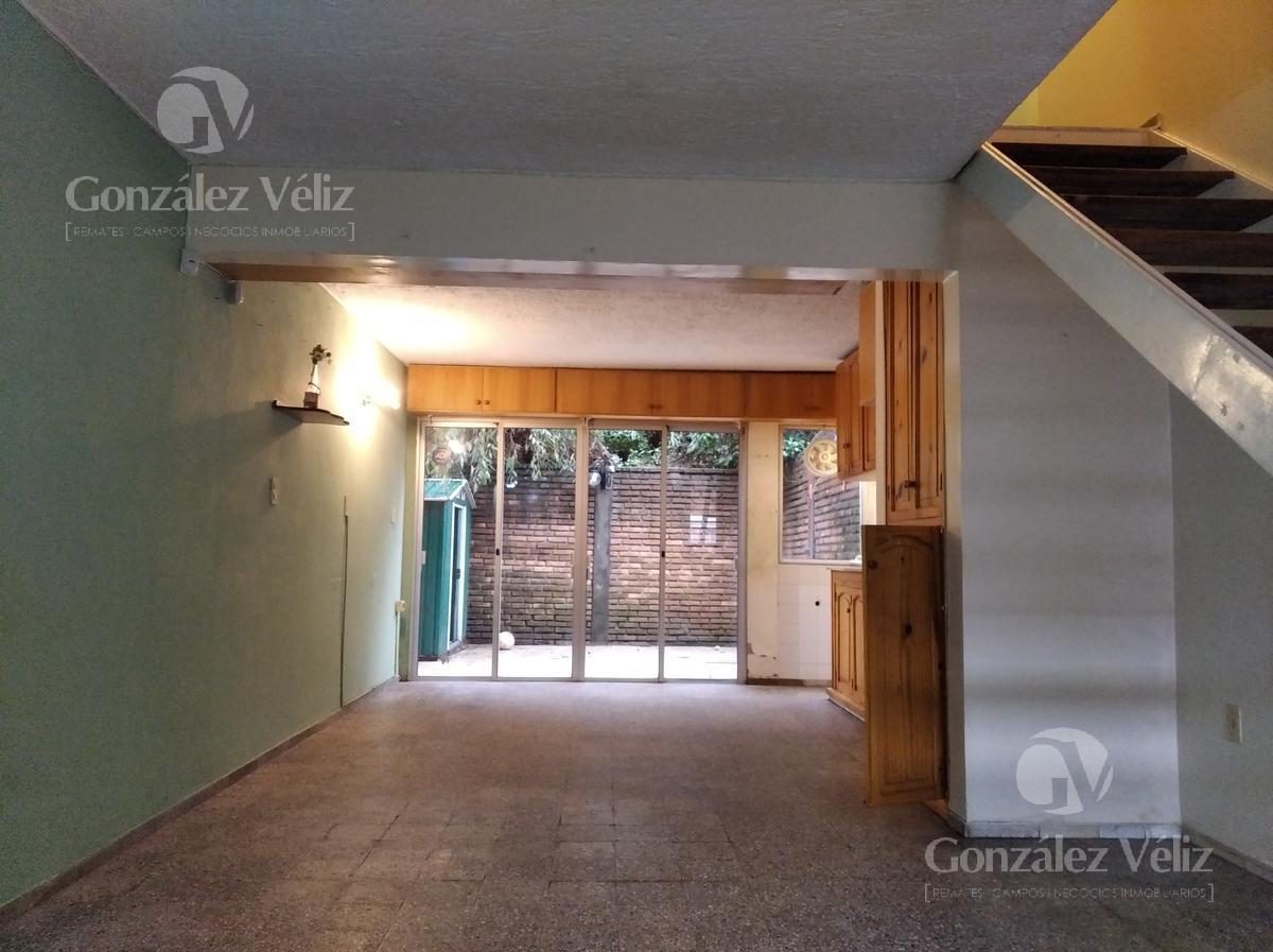 Foto Casa en Alquiler en  Carmelo ,  Colonia  Amplia y confortable vivienda L23 - 4 DORMITORIOS
