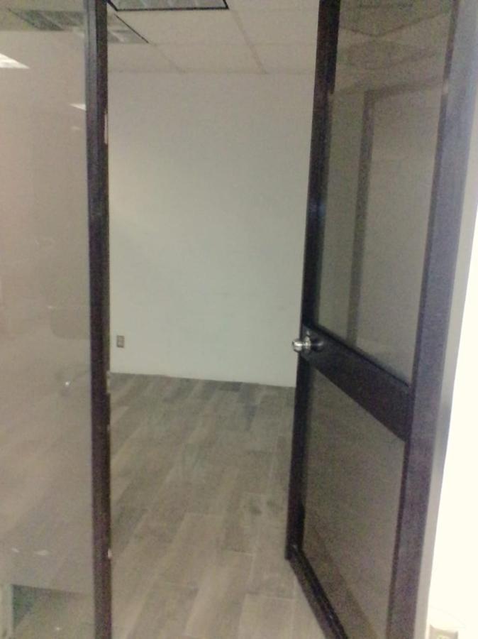 Foto Oficina en Renta en  Polanco,  Miguel Hidalgo                  Oficina en renta  Jaime Balmes ,  ubicada en la mejor zona  Plaza Polanco   (LG)