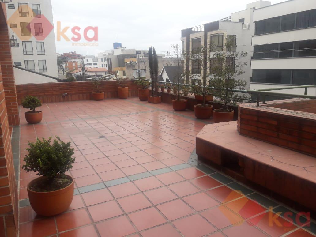 Foto Departamento en Venta en  Centro Norte,  Quito  GRAN OPORTUNIDAD EN EL QUITO TENIS!!