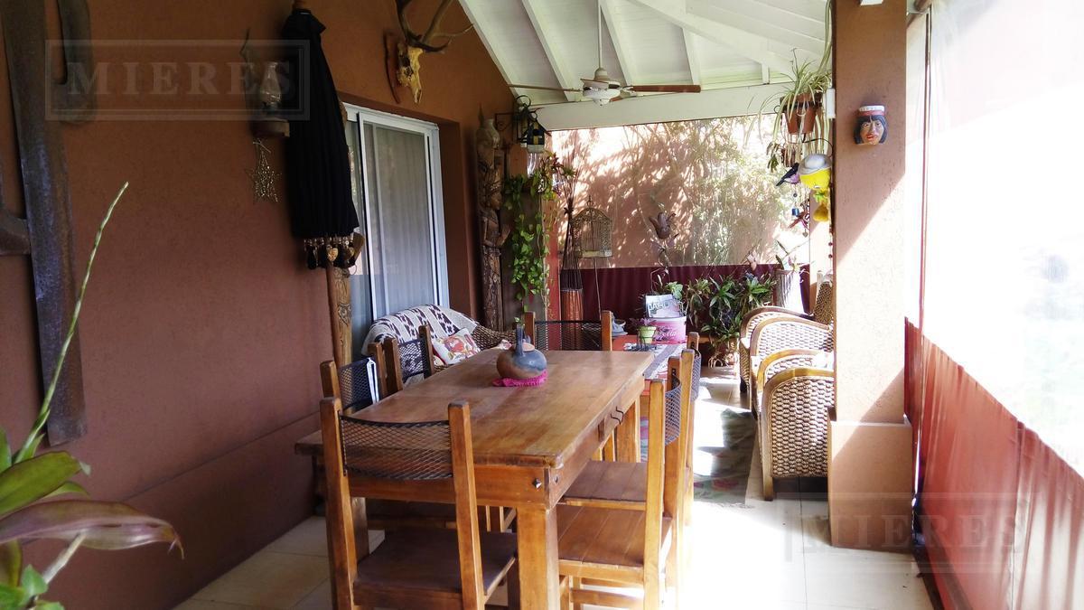 Casa  en alquiler en el barrio El Atardecer