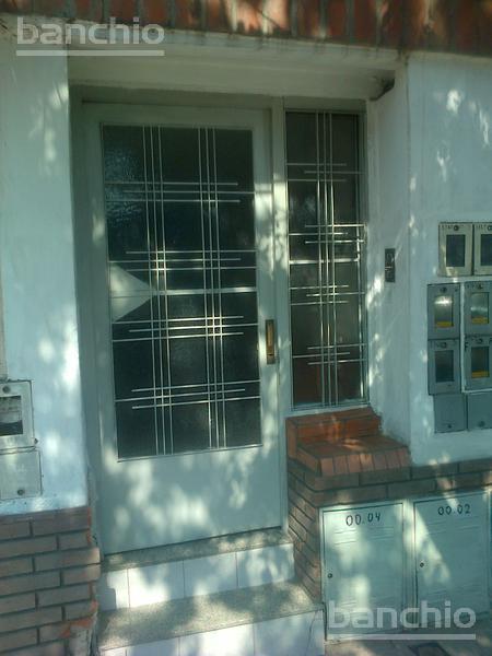 SAN LUIS al 3300, Rosario, Santa Fe. Alquiler de Departamento de Pasillo - Banchio Propiedades. Inmobiliaria en Rosario