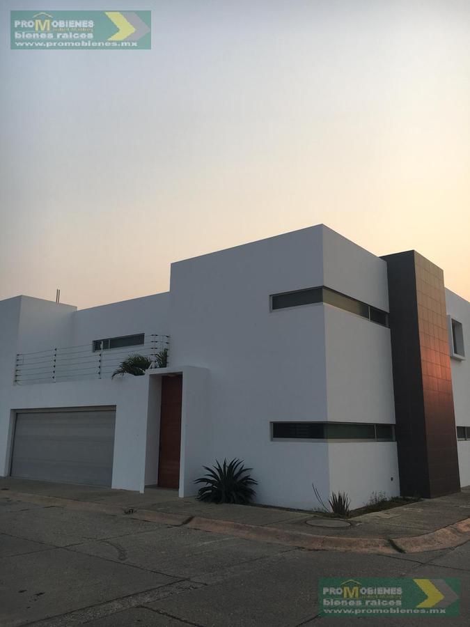 Foto Casa en Renta en  Fraccionamiento Paraíso Coatzacoalcos,  Coatzacoalcos  RUFINO TAMAYO ESQ SIQUEIROS