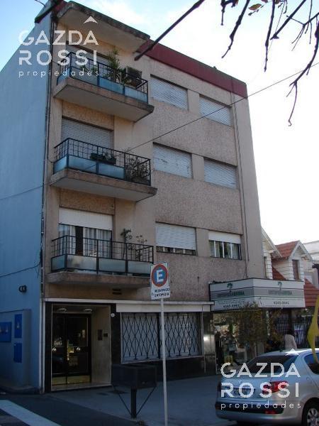 Foto Departamento en Alquiler en  Lomas De Zamora,  Lomas De Zamora  RIVERA entre HIPOLITO YRIGOYEN y ACEVEDO