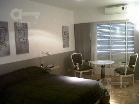 Foto Departamento en Alquiler temporario en  Recoleta ,  Capital Federal  French al 2400, esquina Larrea.