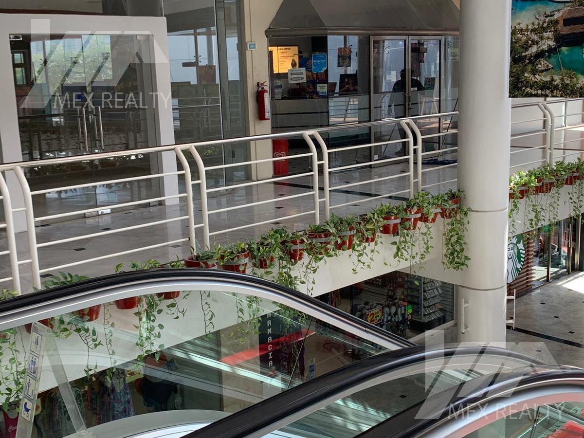 Foto Local en Venta en  Zona Hotelera,  Cancún  LOCAL EN VENTA PLAZA CARACOL ZONA HOTELERA