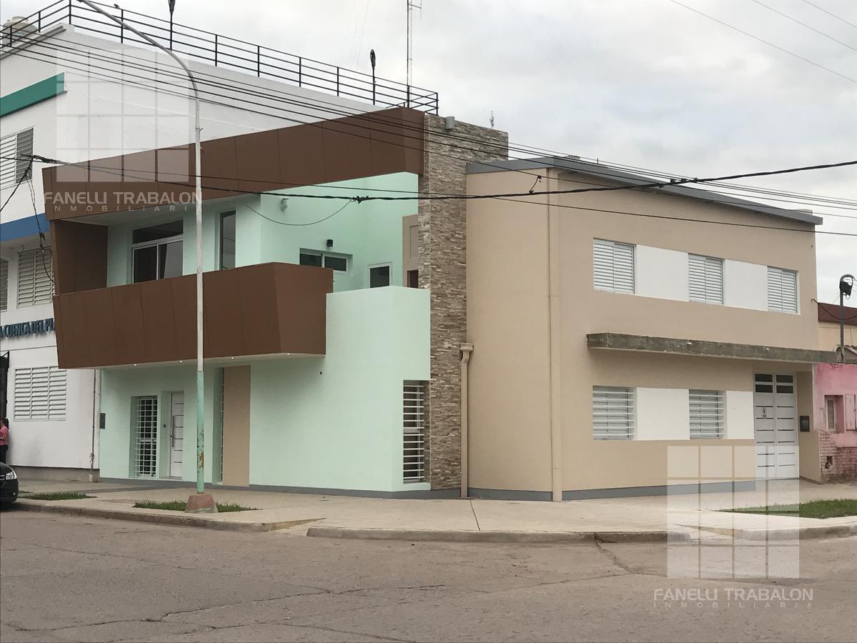 Foto Oficina en Alquiler en  Centro,  Presidencia Roque Saenz Peña  16 esquina 13 Consultorios