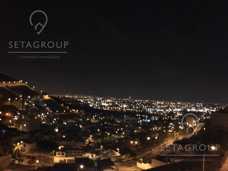 Foto Departamento en Venta en  Santiago de Surco,  Lima  Casuarinas Sur