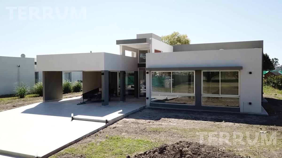Foto Casa en Venta en  Terralagos,  Countries/B.Cerrado (Ezeiza)  CASA EN VENTA : CANNING :: TERRALAGOS