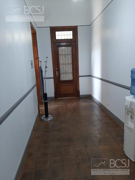 Foto Oficina en Venta en  Capital ,  San Juan  Mendoza al 100