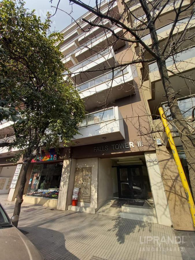 Foto Departamento en Venta en  Nueva Cordoba,  Cordoba Capital  Av. VELEZ SARSFIELD 1000 - ESCUCHA OFERTAS -