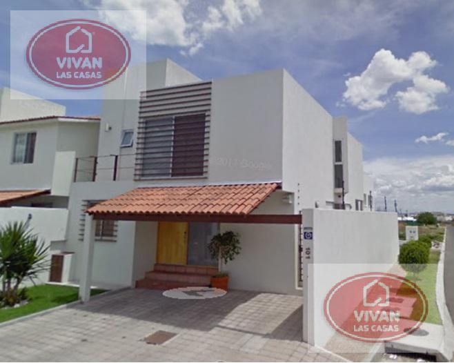 Foto Casa en Renta en  Querétaro ,  Querétaro  CASA EN RENTA - JURIQUILLA - QUERETARO