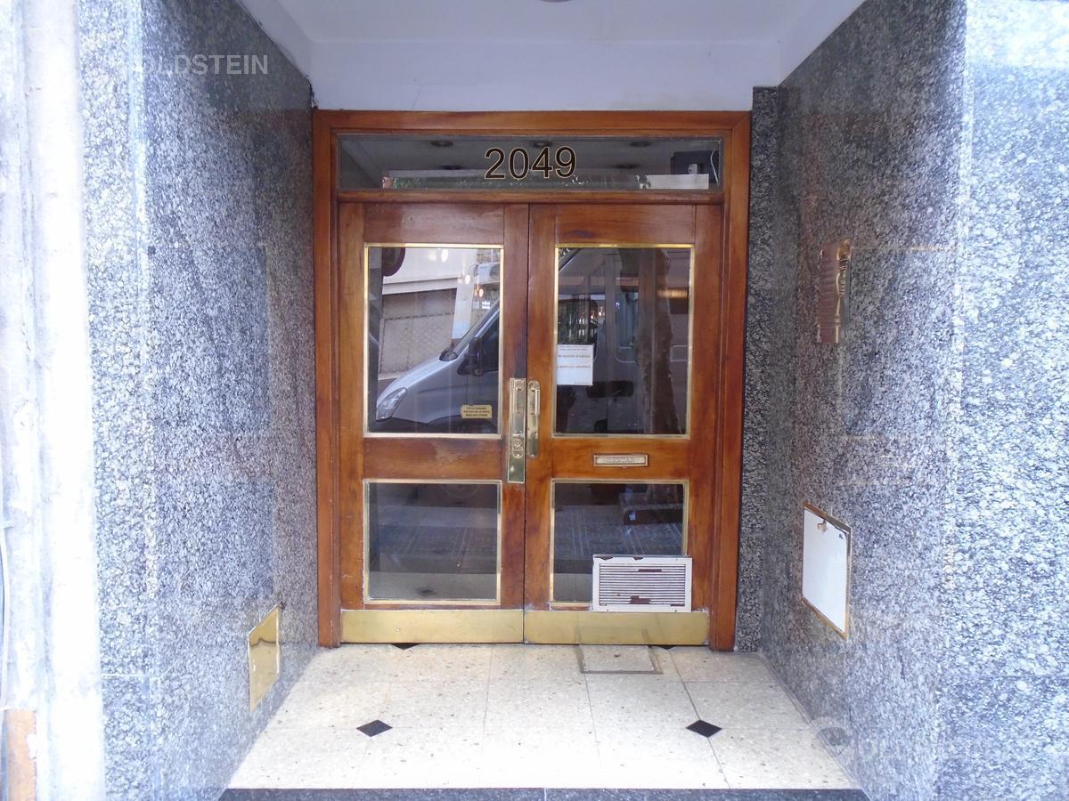 Foto Departamento en Alquiler en  Once ,  Capital Federal  peron 2000