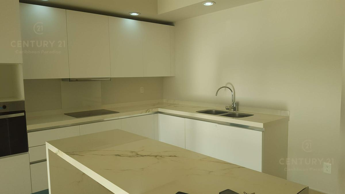 Playa del Carmen Apartment for Rent scene image 4