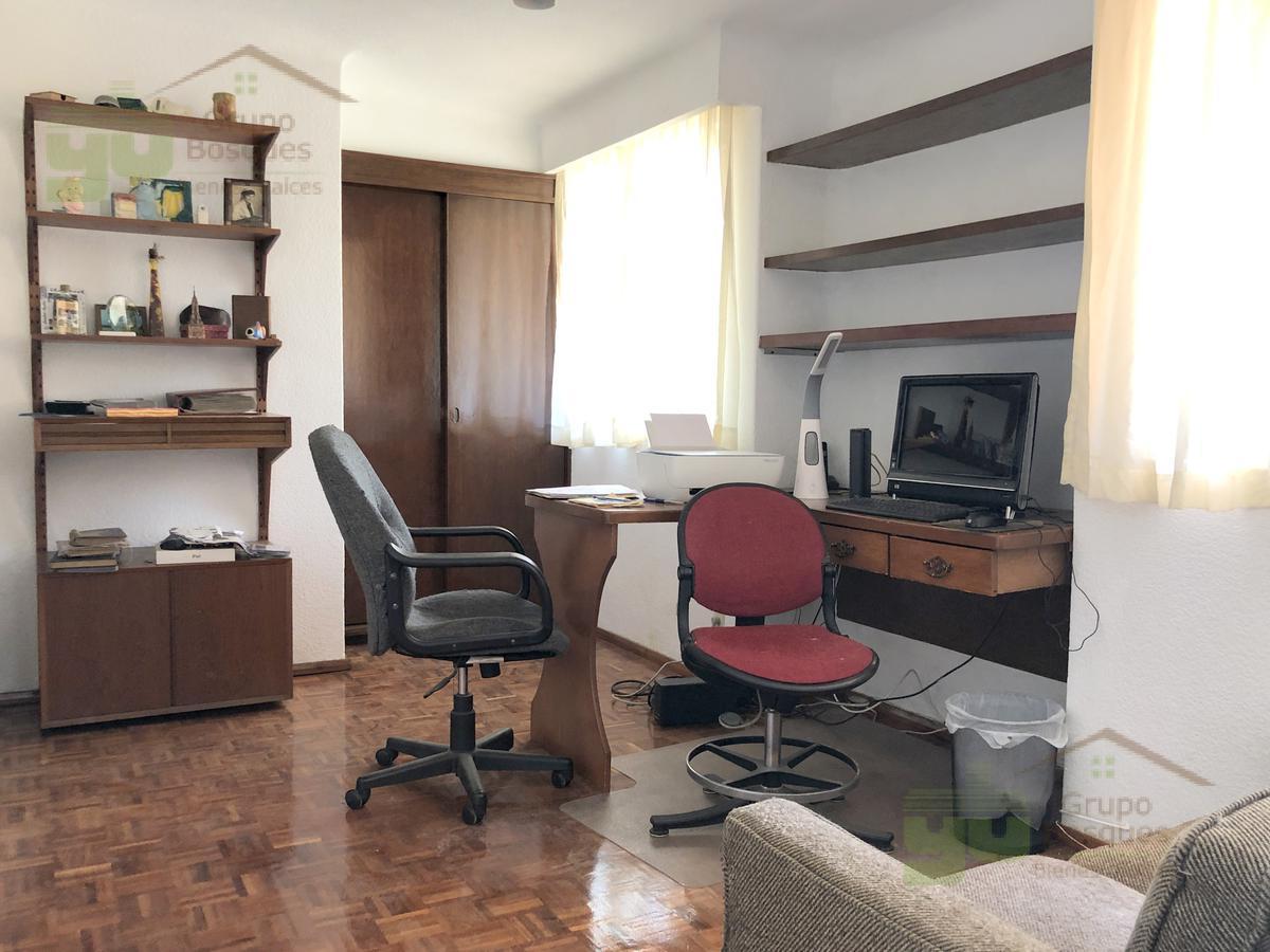 Foto Casa en Venta en  Huixquilucan ,  Edo. de México  Casa en Venta en Bosques de la Herradura con 4 recamaras
