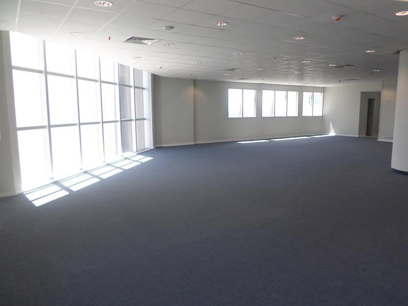 Foto Oficina en Alquiler en  Ycua Sati,  Santisima Trinidad  Alquilo Oficina De 215 M2 En El World Trade Center Asunción